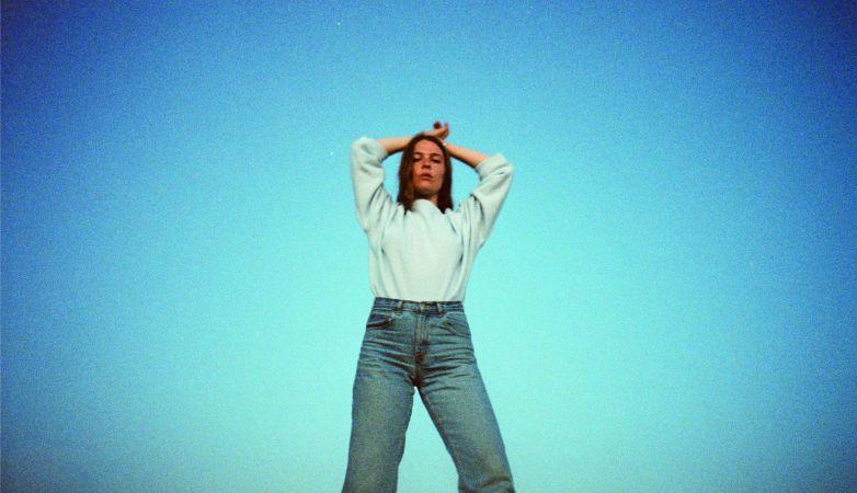 """MAGGIE ROGERS: il nuovo singolo """"FALLINGWATER"""""""