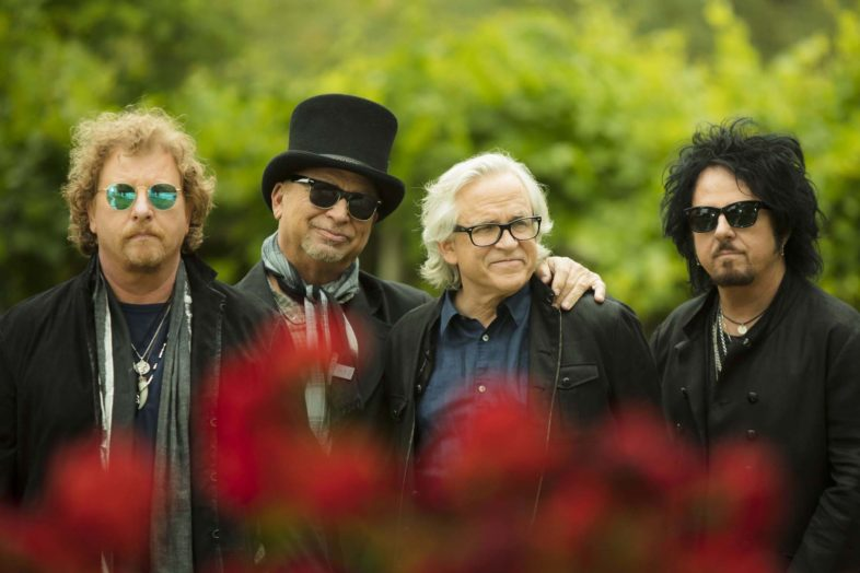 "TOTO ""40 Tours Around the Sun"" Dvd live in uscita a fine marzo"
