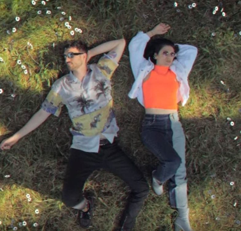 Video: ELISA e CARL BRAVE – Vivere Tutte Le Vite