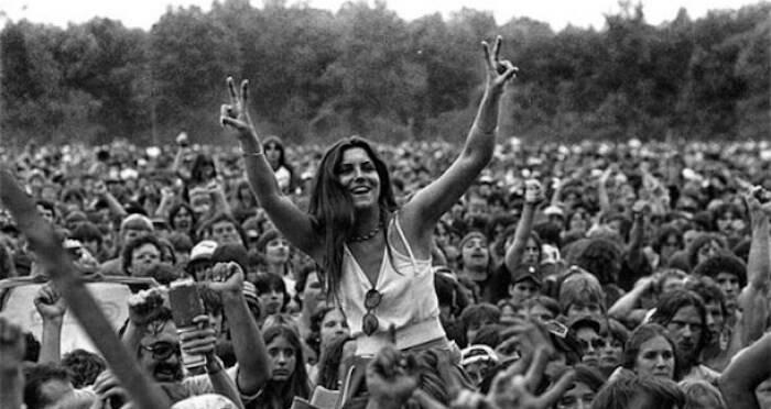 WOODSTOCK 10 canzoni per festeggiare i 50 anni