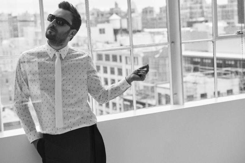 CESARE CREMONINI debutta alla numero uno nella classifica album di questa settimana
