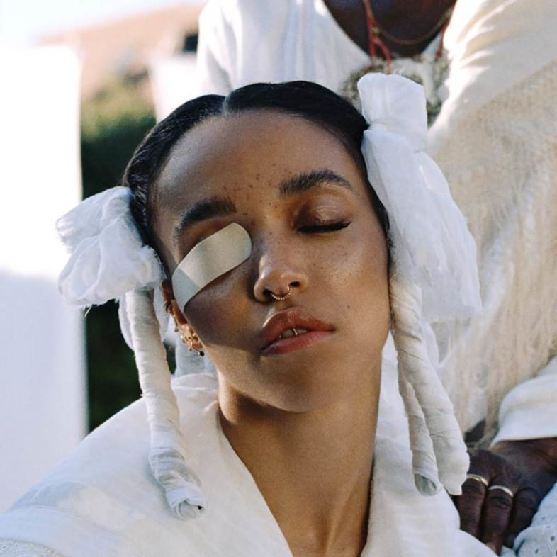 Video: FKA twigs – Home With You