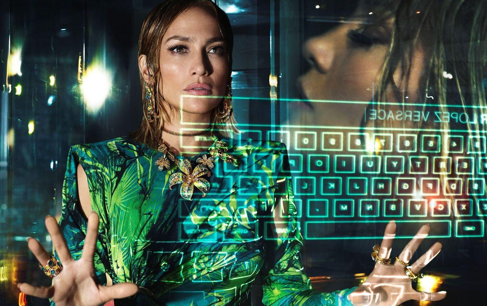 Versace SS20 Campaign Jennifer Lopez