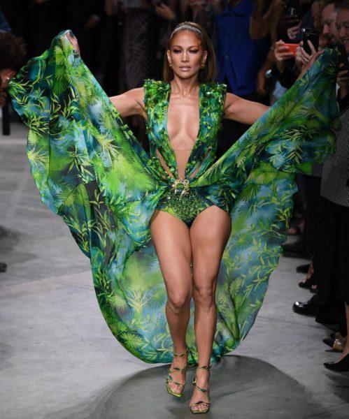 Jennifer Lopez Versace SS20