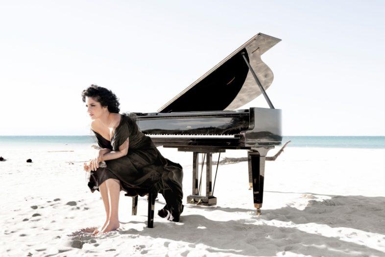 """ISABELLA TURSO esce il nuovo singolo """"Sliding Doors"""""""