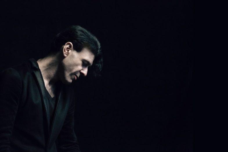 È morto EZIO BOSSO. Il pianista che suonava la vita