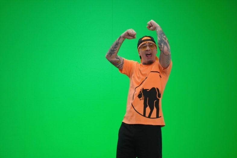 """Video e Testo: J-AX – """"Una voglia assurda"""""""