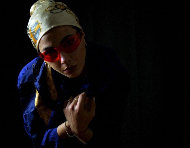 Intervista: TUASORELLAMINORE – Felice di essere strana