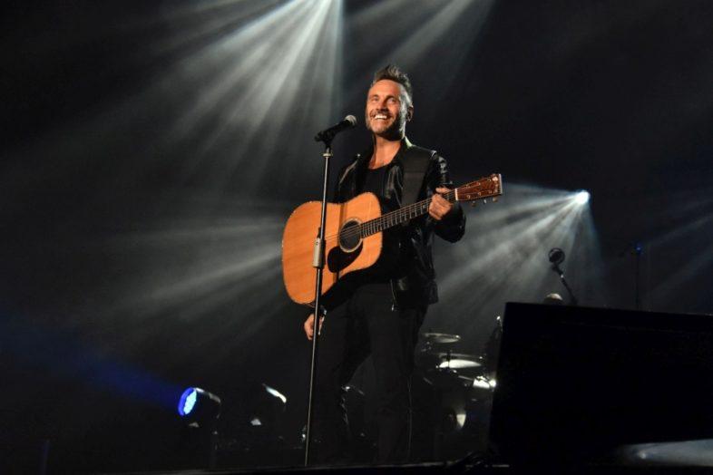 """NEK: quest'estate live """"Solo: Chitarra e voce"""""""