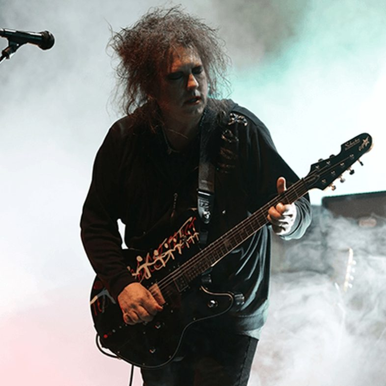 Continuano i concerti di Teenage Cancer Trust Unseen. Domani sera su YouTube ROBERT SMITH