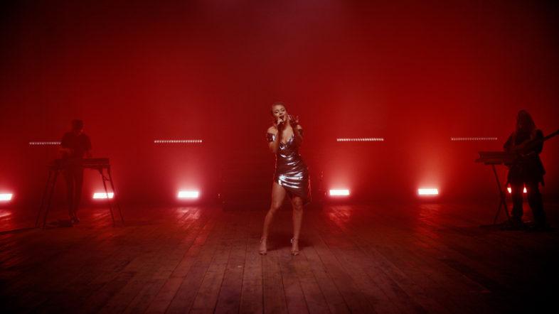ZARA LARSSON live in 360 Reality Audio per Sony
