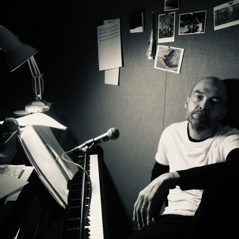 "BEN WATT ascolta ""Storm Shelter"" il mini album in digitale"