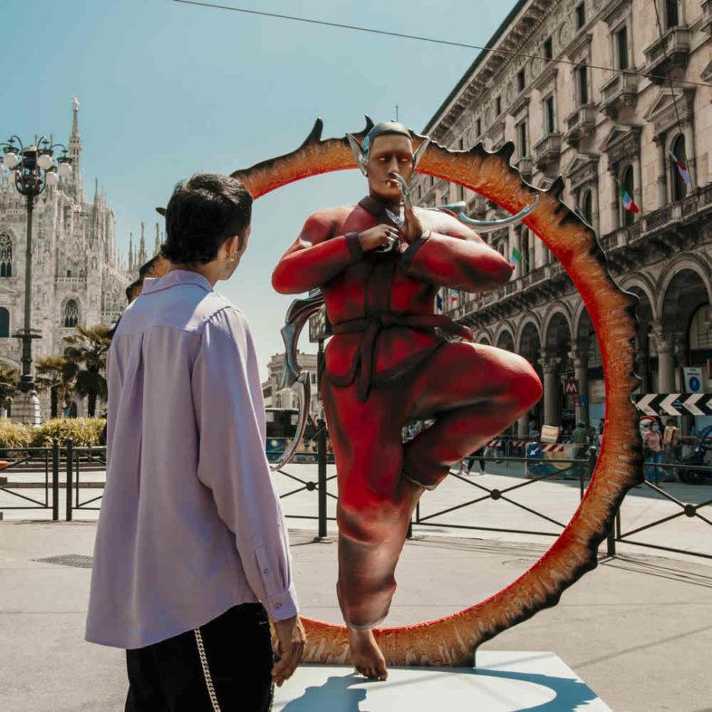 """MAHMOOD la gallery delle statue degli avatar di """"Ghettolimpo"""""""