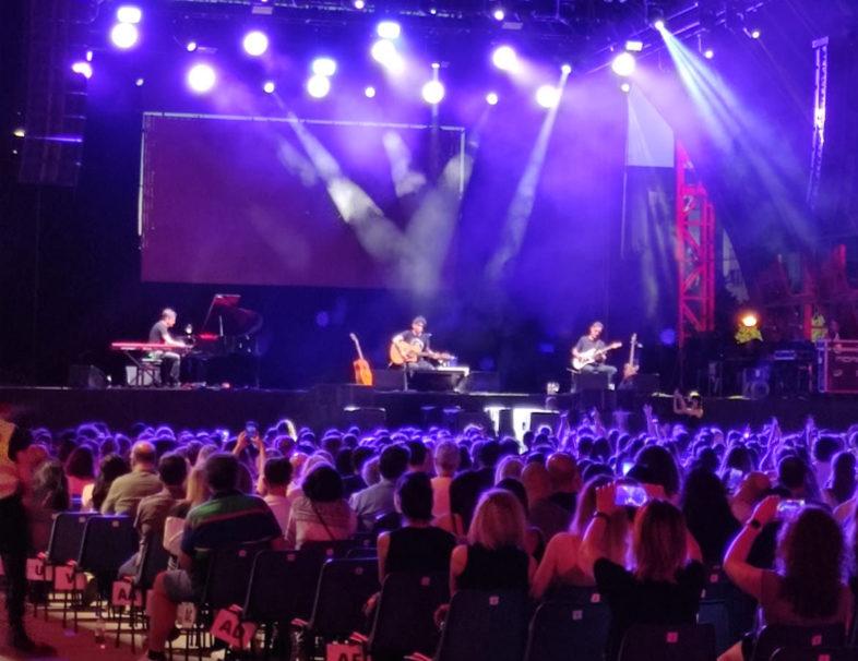 Live Report – FABRIZIO MORO: le sue canzoni nella stanza.